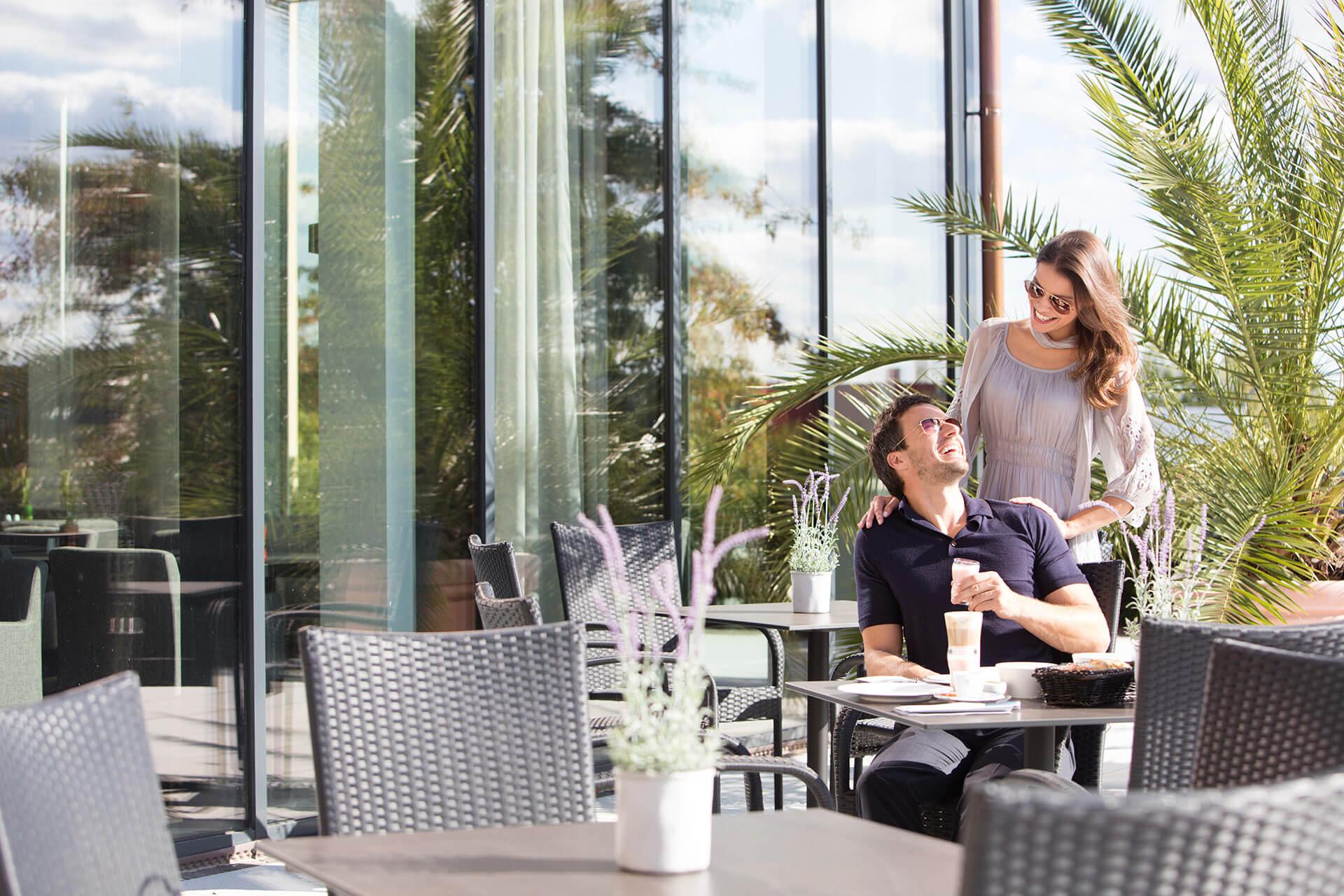 wellnesshotel frankfurt hotel hofheim an der rhein main therme. Black Bedroom Furniture Sets. Home Design Ideas